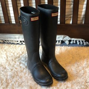 Black Tall Matte Hunter Rain Boots